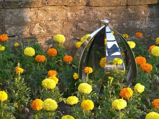 Pet Memorials: Petal Memorial Garden Sculpture