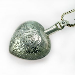 Silver Heart pendant with Pattern