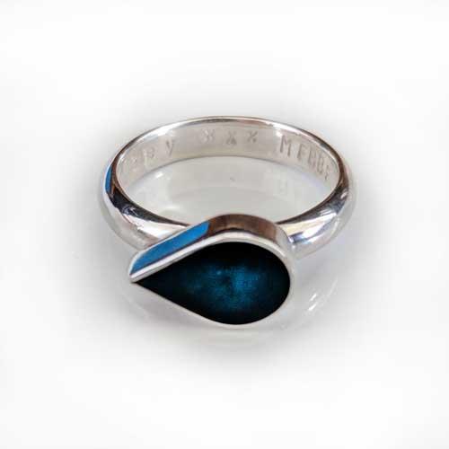Teardrop Ring Sapphire
