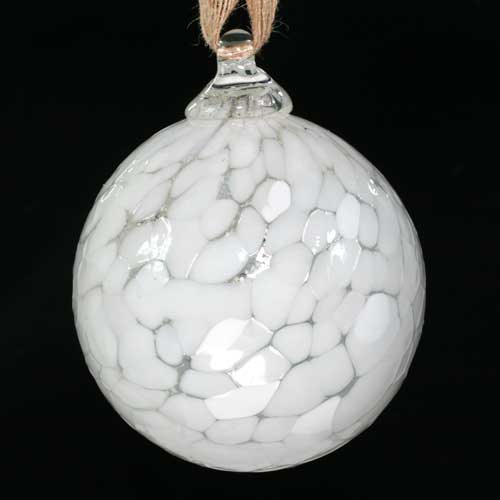 Christmas Bauble in glass - white