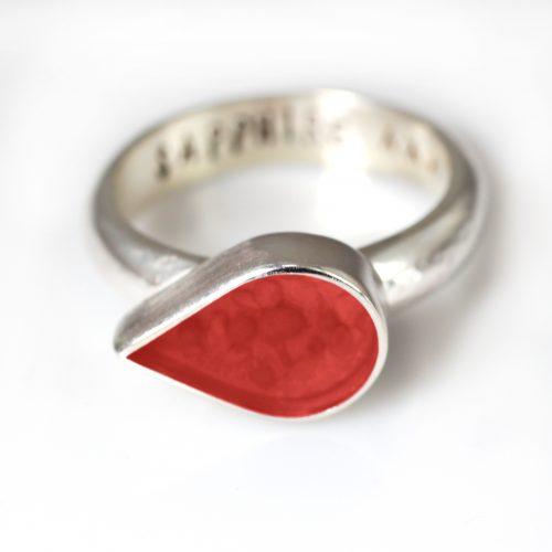 Ashes Jewellery-Teardrop Ring - January Garnet