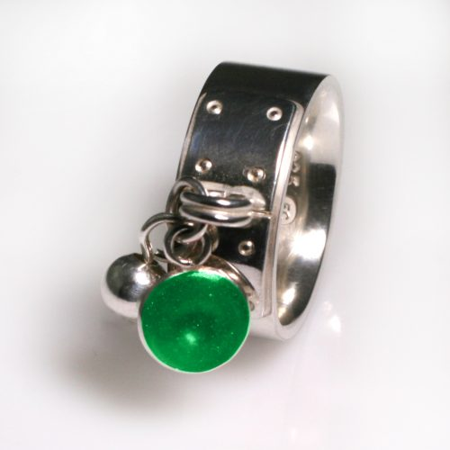 Ashes Jewellery-Tiffany Style Birthstone Ring - May Emerald
