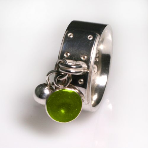 Ashes Jewellery-Tiffany Style Birthstone Ring - Aug Peridot